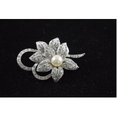 Flower Pearl Bridal Pin Diamante Silver Tone