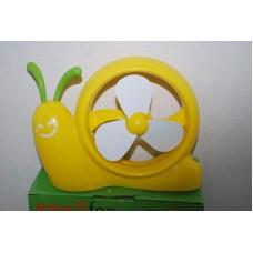 Mini Desk Fan Yellow Snail Shape USB or Battery